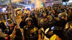 Violência se agrava em outro fim de semana de protestos em Hong Kong