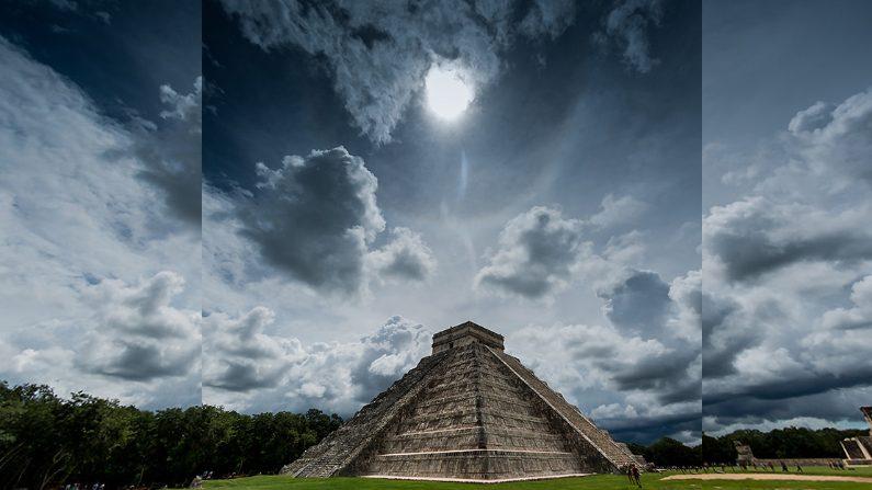 El templo de Kukulkán. (Rodolfo Araiza G./Flickr)