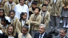 Arranca primer ciclo escolar bajo polémica reforma educativa de López Obrador en México