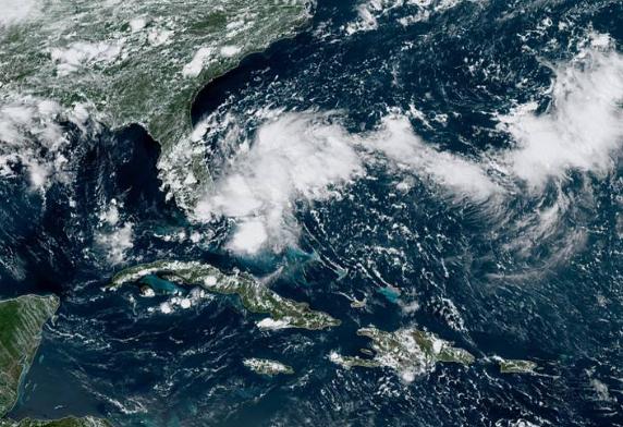 Existe un 90 por ciento de probabilidades que se forme un ciclón tropical en las costas de Florida o sureste de Estados Unidos en las próximas horas o días (GOES)
