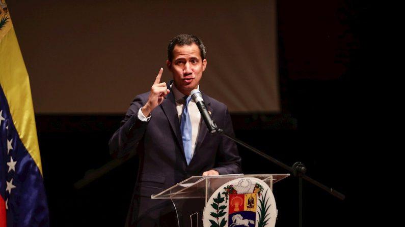 O presidente encarregado da Venezuela, Juan Guaidó (EFE / Rayner Peña)