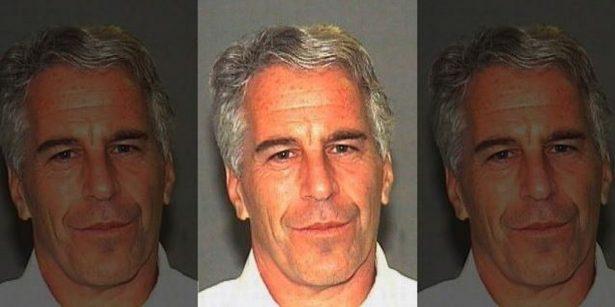 Jeffrey Epstein en una fotografía de registro policial en Palm Beach, Florida, el 27 de julio de 2006. (Oficina del Sheriff de Palm Beach)
