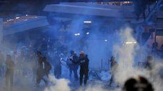 Continúan las protestas en Hong Kong después de que la policía anunciara 16 arrestos de la noche a la mañana
