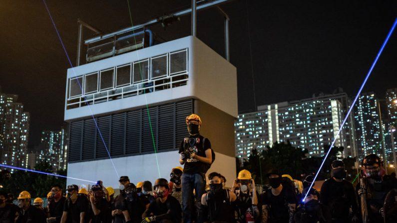 Hong Kong, China - 24 de agosto: Manifestantes em Wong Tai Sin em 24 de agosto de 2019 em Hong Kong, China (Foto por Anthony Kwan / Getty Images)