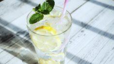 Nunca pidas una rodaja de limón para tu bebida en los restaurantes, esta es la impactante razón