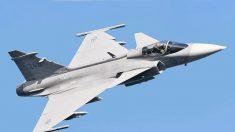 Brasil recebe primeiro dos 36 caças Gripen comprados para a FAB (vídeo)