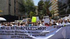 Marchan en Ciudad de México contra políticas de AMLO