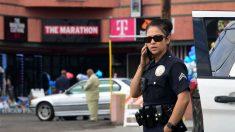 Joven hispana demanda a Policía de Los Ángeles por rociarle insecticida para curarle sarna