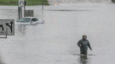 Imelda empapa a Texas y Louisiana con torrenciales aguaceros