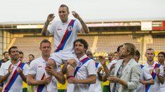 Fallece el exfutbolista del Rangers Fernando Ricksen por ELA