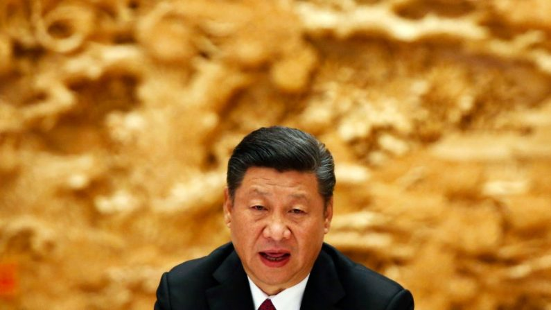 """El presidente chino Xi Jinping asiste a una cumbre de """"La Franja y la Ruta"""" (OBOR) el 15 de mayo de 2017 en Beijing, China. (Foto de Thomas Peter - Pool/Getty Images)"""