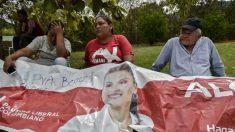 Ex-membros da guerrilha são responsáveis pela morte de candidata a prefeita da Colômbia e sua comitiva, afirmam autoridades