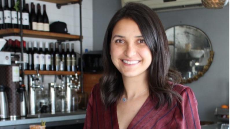 Layla Ali-Ahmad es la fundadora de Beach City Food Tours en Long Beach, California (Cortesía de Beach City Food Tours)