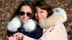 La secuestraron a los 4 años en Argentina y una foto en Facebook la lleva con su mamá 24 años después