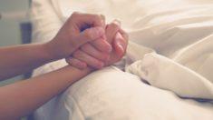 Mãe de luto compartilha foto de seu filho moribundo na esperança de alertar as pessoas sobre o uso do fentanil