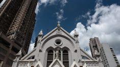 Regime chinês exige que igrejas retirem referências aos Dez Mandamentos