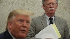 Trump diz que Bolton passou do limite nas políticas para Venezuela
