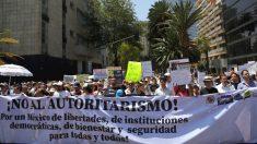 Manifestantes protestam na Cidade do México contra políticas de AMLO