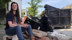 """""""Un acto de amor"""": Activista pro Trump limpia 50 toneladas de basura en Los Ángeles"""