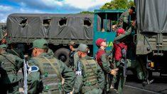 Soldados russos usam uniformes militares do exército venezuelano em Caracas e na fronteira