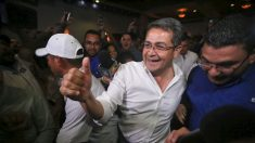 """Fiscal considera a Honduras un narco-Estado por apoyar al """"poderoso capo narco"""" hermano del Presidente"""
