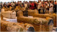 Una gran misión arqueológica en Egipto descubre 20 sarcófagos intactos