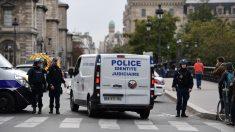 Cuatro muertos en ataque con cuchillo a policías en comisaría de París