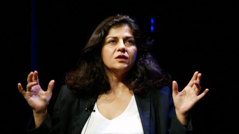 La oradora Yanar Mohammed de Mujeres libres en Iraq el 17 de noviembre de 2003 en la ciudad de Nueva York. (Matthew Peyton / Getty Images)