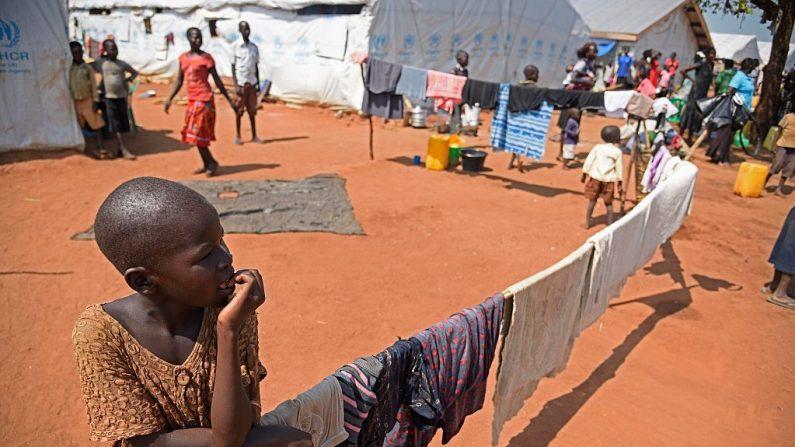 Uganda tiene una de las tasas de natalidad más altas del mundo (Google Maps)  Imágen de archivo de una niña en Uganda. (ISAAC KASAMANI/AFP/Getty Images)