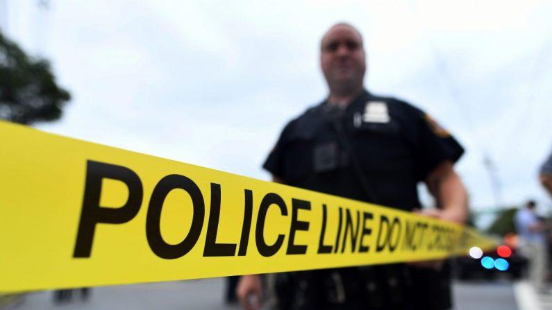 Una foto de archivo de una cinta policial. (Jewel Samad/AFP/Getty Images)