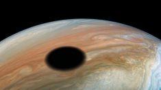 [FOTO] Descubren una mancha negra en Júpiter de 3500 kilómetros de ancho