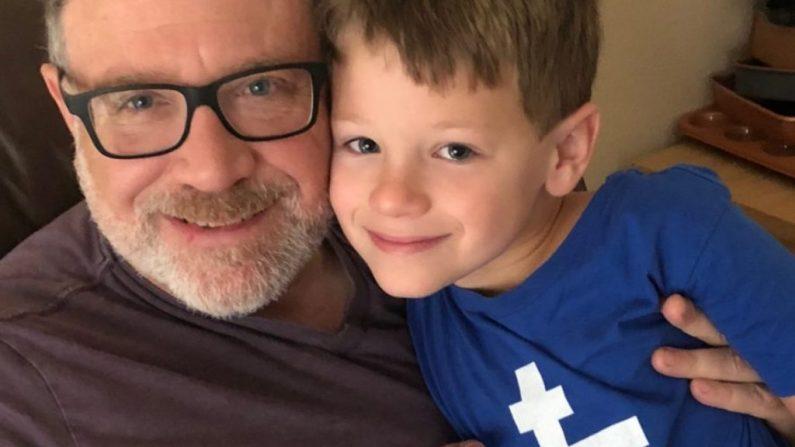 Jeff (I) y James Younger. (Cortesía del sitio web SaveJames.com)