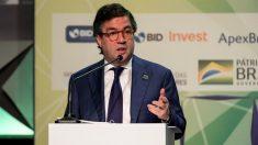 Presidente do BID exalta abertura econômica promovida por Bolsonaro