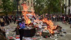 Em oitavo dia de protestos, manifestantes tentam invadir Congresso do Chile