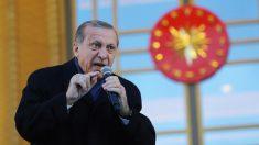 Erdogan muda de opinião e confirma reunião com vice-presidente americano