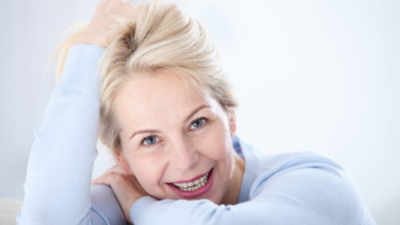 Todos queremos una cara clara y saludable, pero ten en cuenta que algunas manchas o condiciones de la piel reflejan problemas que van más allá de la superficie de la piel. (Srta. Ty/Shutterstock)