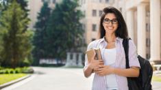 El invento ambiental de una humilde alumna peruana le valió una beca para estudiar en Oxford