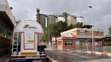 Cemex vende activos por 665 millones de dólares en planta de Kentucky