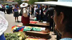 Los forenses encuentran proyectiles de varios calibres en víctimas en Bolivia
