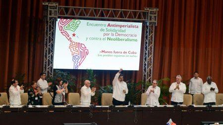 Ditador Nicolás Maduro anuncia nova edição do Foro de São Paulo