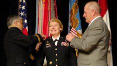 La primera general 4 estrellas del ejército de EE.UU. comparte sus mejores reflexiones y consejos