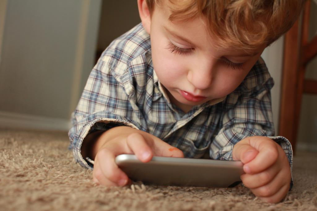 niño-iphone