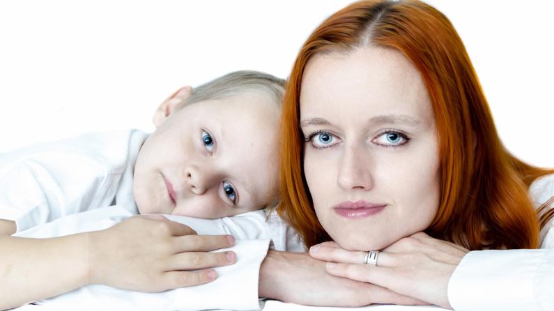 Las altas expectativas que las madres tienen sobre sí mismas pueden generar sentimientos de incomodidad e ineptitud (George Hodan/publicdomainpictures.net/CCO)