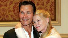 """Esposa de Patrick Swayze recuerda a su """"verdadero héroe"""" 10 años después de su muerte prematura"""
