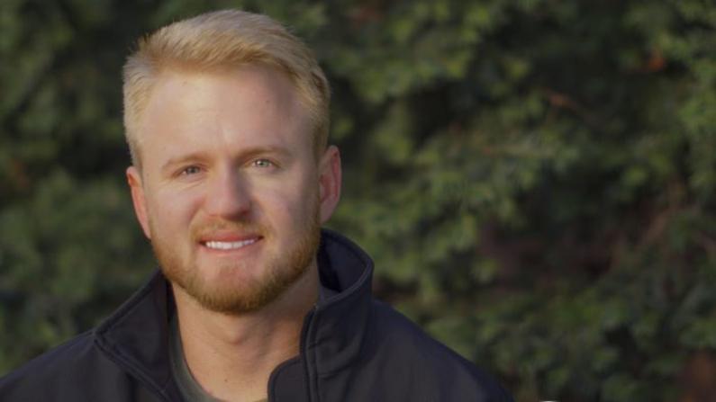 Ryan Tate es un veterano del Cuerpo de Marines y fundador de la organización contra la caza furtiva, Veterans Empowered to Protect African Wildlife. (Cortesía de Veterans Empowered to Protect African Wildlife)