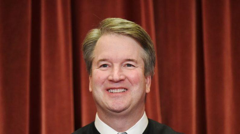 El Juez Brett Kavanaugh en una foto oficial dela Corte Suprema en Washington, DC el 30 de noviembre de 2018. (MANDEL NGAN/AFP vía Getty Images)