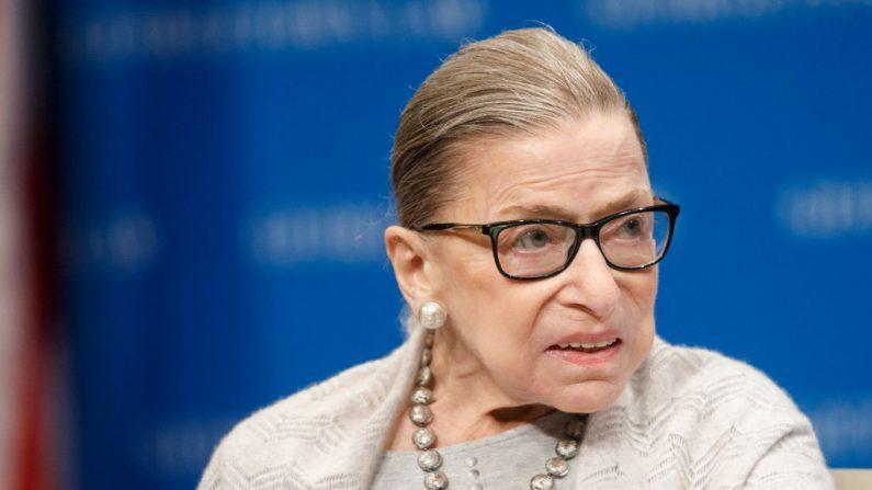 La jueza del Tribunal Supremo Ruth Bader Ginsburg da un discurso en el Georgetown Law Center el 12 de septiembre de 2019, en Washington, DC. (Foto de Tom Brenner/Getty Images)