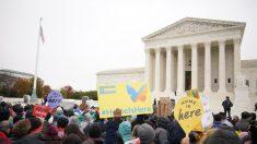 Jueces de la Corte Suprema se mostraron dispuestos a permitir que Trump dé por terminado DACA