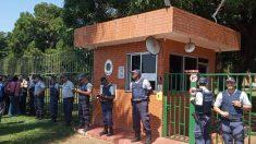 Chavismo logra secuestrar la embajada de Venezuela en Brasil