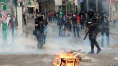 El número de muertos sube a 7 y los heridos superan el centenar en Bolivia